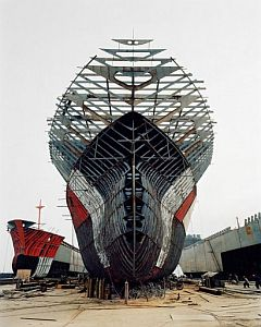 Shipbuilding. Photo by Edward Burtynsky.